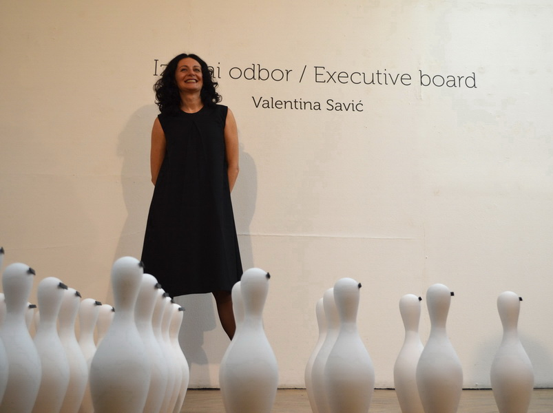 1.Executive board 2014, porcelain exhibition, making of,installation of 144 porcelain pins