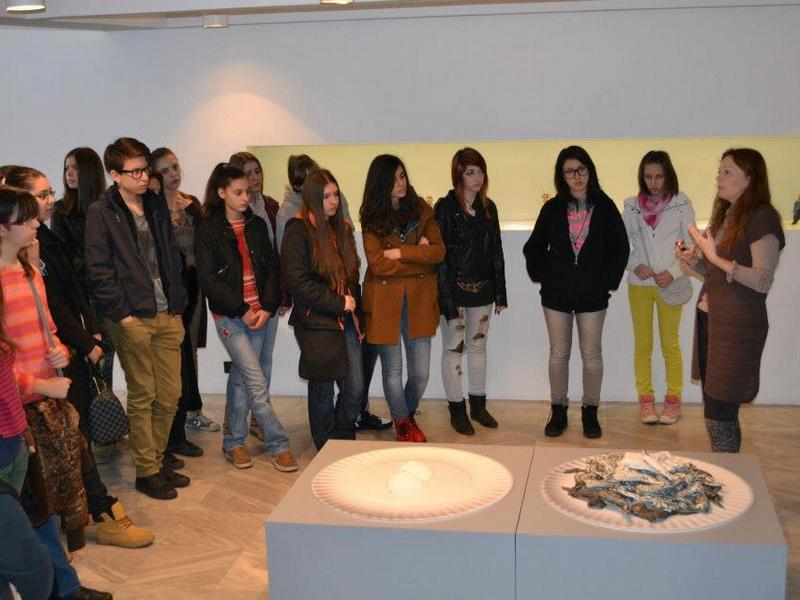 3 Umetnikca, A women artist, exhibition, Museum of applied arts, Belgrade, womens in ceramic art