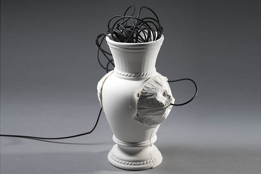 3.Existential vase, detail,slip casted porcelain, and paper-porcelain gilded,Valentina Savic