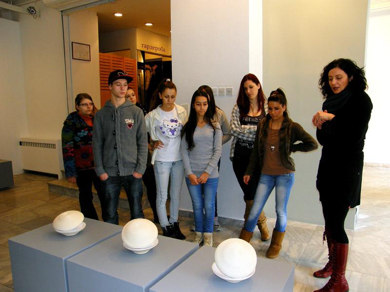 6 Umetnikca, A women artist, exhibition, Museum of applied arts, Belgrade, womens in ceramic art